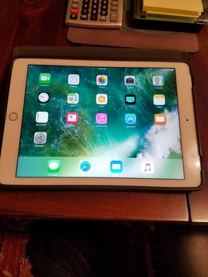 """iPad Pro 9.7"""" (Wi-Fi Only)2.1 for Sale in St. Louis, MO"""