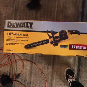 Dewalt Flex volt 60v Max 2ah Brushless Chainsaw for Sale in Bonney Lake, WA