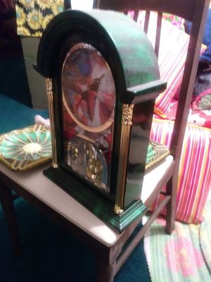 Antique God or Jesus clock for Sale in Bartow, FL