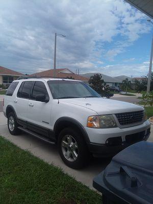 05 Ford Explorer xlt for Sale in Ruskin, FL