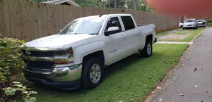 2016 Chevy Silverado LT 1500 Crew Cab for Sale in Atlanta, GA
