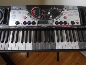 Yamaha DJX Music Keyboard for Sale in Chicago, IL