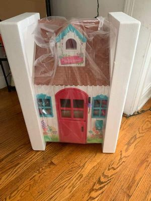 DOLL HOUSE AMERICAN GIRL for Sale in Cicero, IL