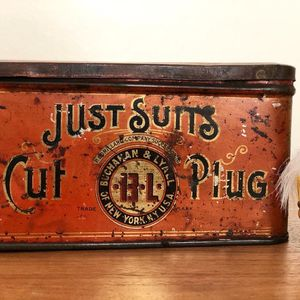 Antique Just Suits Cut Plug Tobacco Tin for Sale in Brea, CA