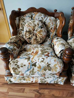 Couch & Oversized Chair for Sale in Arlington Heights, IL