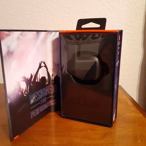 Cheeeaap! New/In Unopened Box JBL ClubPro Plus Earbuds for Sale in Irving, TX