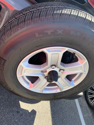 5set wheels and tires Jeep Wrangler 2018/2019 for Sale in Orlando, FL