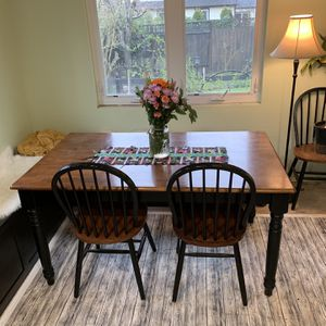 PENDING PICKUP Kitchen Table for Sale in Milwaukie, OR