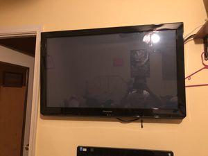 Panasonic 50 inch tv for Sale in Glenarden, MD