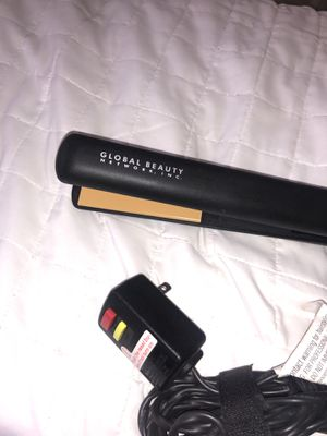Global Beauty Hair Flat Iron for Sale in Miami, FL