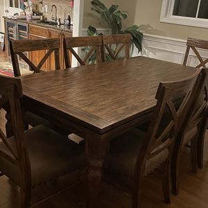 Dinning Table For 8 for Sale in Raleigh, NC