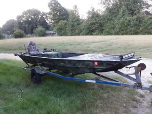 Cajun special jet jon with Yamaha 701vxr motor for Sale in Florence, MS