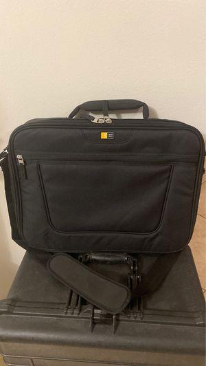 """Case Logic VNCI-217 Carrying Case for 17.3"""" for Sale in Plantation, FL"""