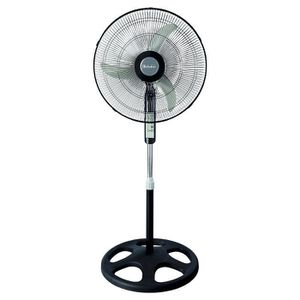 """18"""" Oscillating Stand Fan with Remote Control for Sale in Miami, FL"""