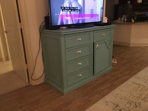 Dresser / TV stand / Cabinet - SOLID WOOD for Sale in Orlando, FL