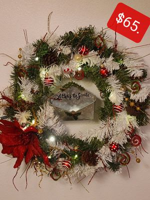 Hand made Christmas wreath for Sale in Marysville, WA