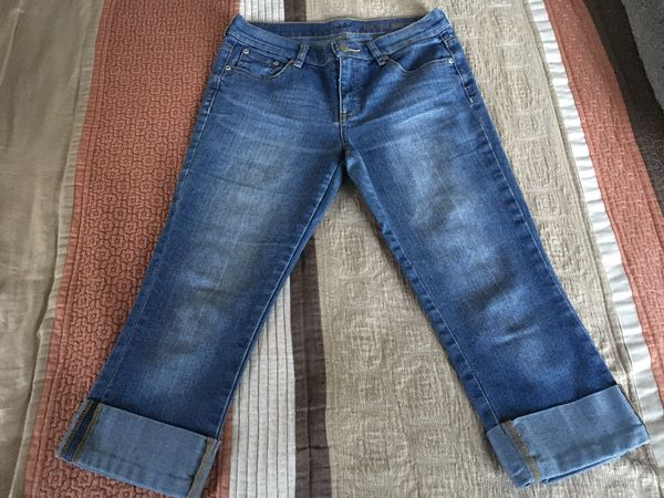 Women's New York & Company Crop Jeans size 4