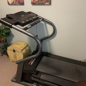 Like New Tread Mill Cost Over 2000 for Sale in Ronkonkoma, NY