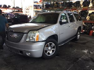 2007 GMC YUKON XL 6.2 parting out for Sale in Fontana, CA