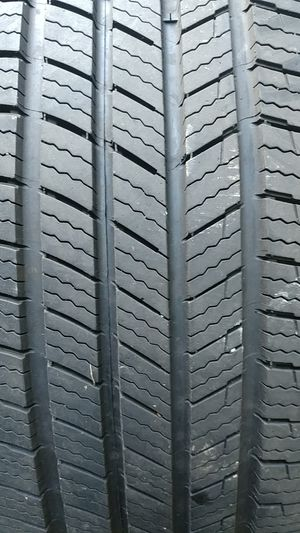 235 60 18 set of 4 used Michelin defender for Sale in Washington, DC