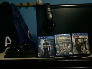 PS4,Ps4 Bluetooth headphones,controller,and ps4 games for Sale in Waterbury, CT
