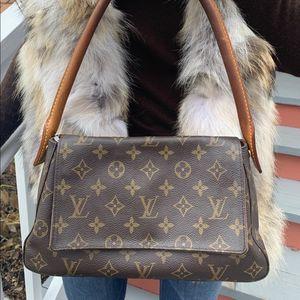 Authentic Louis Vuitton Mini Looper Bag for Sale in Fairfax, VA