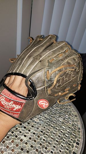 Jeter Rawlings Turn 2 Glove - J2B 11 inch Basket Web - Leather Shell for Sale in Fort Lauderdale, FL