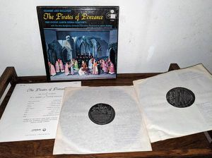 Vinyl LP Gilbert & Sullivan Pirates of Penzance D'oyly Carte Opera for Sale in Sunnyvale, CA