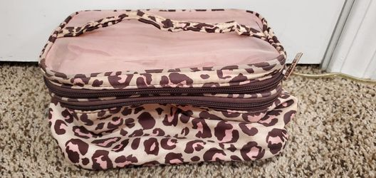 Make-up Bag for Sale in Wenatchee,  WA