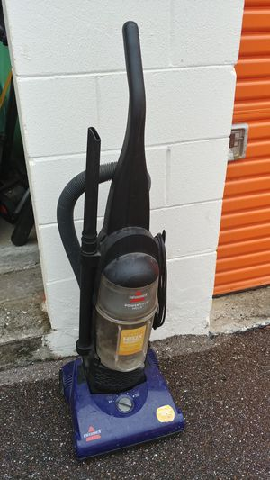 Bissell Bagless Vacuum Cleaner for Sale in Tampa, FL