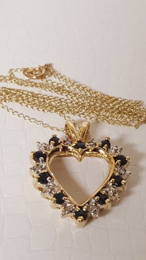"Beautiful 10k Real gold Necklace and pendant, Real Diamonds and Black Sapphire, 2.92grs Size 18""inches length for Sale in Covington, KY"