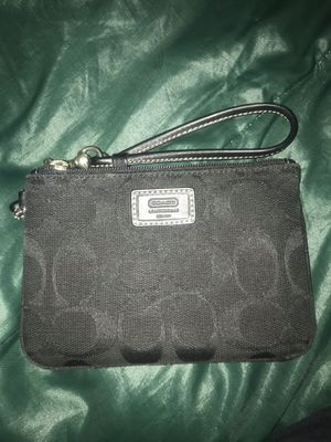 Coach Wristlet Wallet for Sale in Philadelphia, PA
