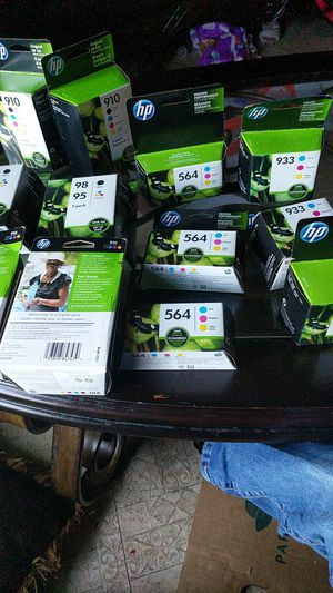 HP ink cartridges 4 color packs and 3 color pack all variety and all expiration yr 2021 for Sale in Longview, TX