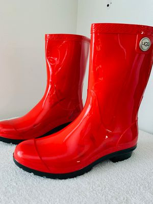 UGG rainboots-size8 for Sale in Maywood, IL