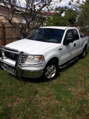 Ford 150 tritón for Sale in Miami, FL