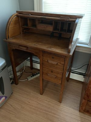 Antique Roll Top Desk # 830 from the Paris Mfg. Co. Paris, Maine. C. 1910-1920 for Sale in Peabody, MA