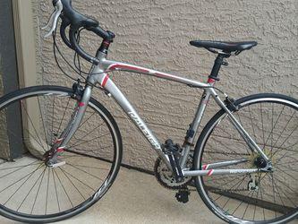 ** Raleigh Revenio 1.0 700C/ 54cm - SL Aluminum Custom Chromoly Road bike - Good condition ** for Sale in Pearland,  TX