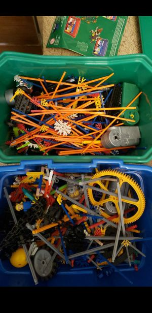 4 Different K'Nex sets, Over 1500 Pieces, Two Buckets for Sale in Coarsegold, CA