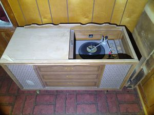1940's maybe 50's RCA Victrola desk record player. for Sale in Claxton, GA