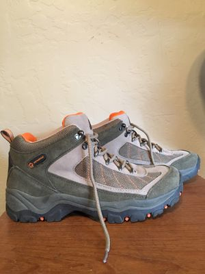Nevados woman's size 10 water proof, suede, and other breathable material hiking boots. Worn 1 time, in great condition. for Sale in Phoenix, AZ