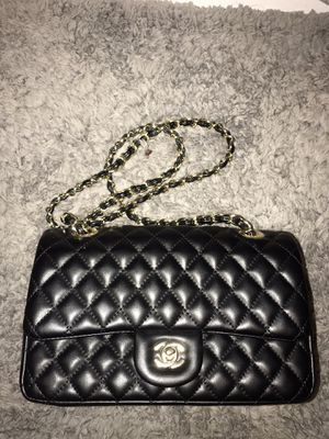 Medium Chanel Lambskin Double Flap Bag for Sale in San Bernardino, CA