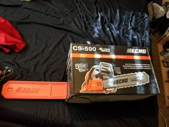 Echo cs-590 chain saw (motosierra de motor de gasolina 59.8cc for Sale in Denver,  CO