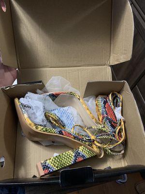 Fashion nova still I'm box for Sale in New Orleans, LA