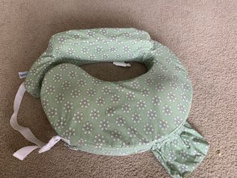 My Brest Friend Original Nursing Posture Pillow, Green Sage Dotted Daisies for Sale in undefined