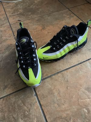 Nike Volt Air Max 95. Size 10.5 for Sale in Fort Lauderdale, FL