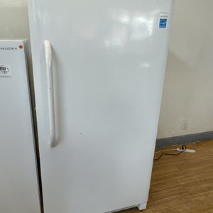 Large Freezer for Sale in Stockton, CA