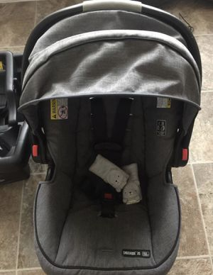 Baby car seat for Sale in Conroe, TX