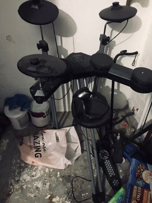 Electric drum set for Sale in Hayward, CA