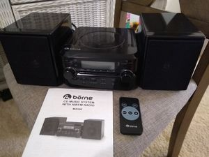 Borne Compact CD Player Stereo with AM/FM Tuner for Sale in Boiling Springs, SC