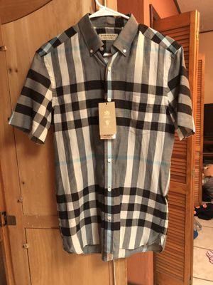 Size small Burberry for Sale in El Paso, TX